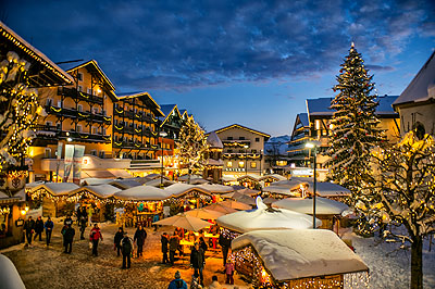 Seefeld Christmas market by train