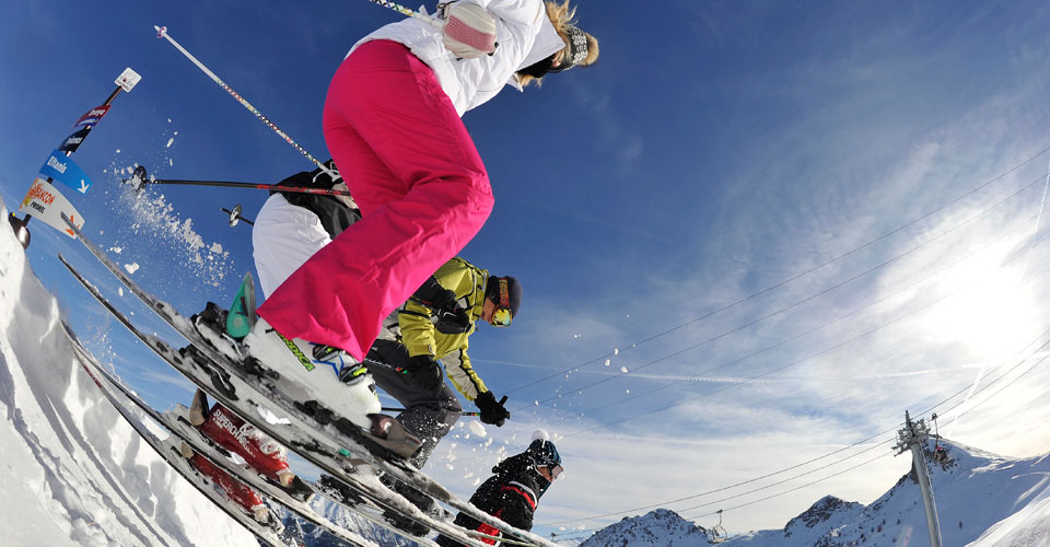 Photo: Agence Zoom - Serre Chevalier skiers