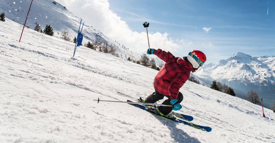 Photo: A Pernet - family skiing in Val Cenis